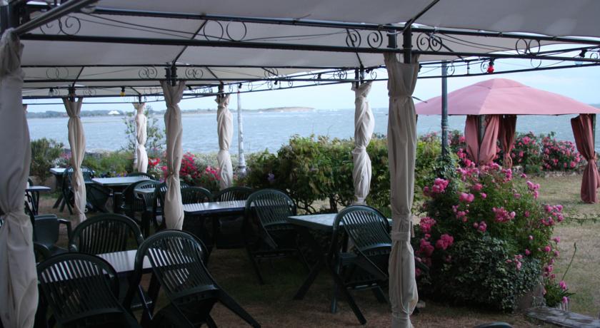 Bar Restaurant Hôtel : L'Hostellerie de la Baie